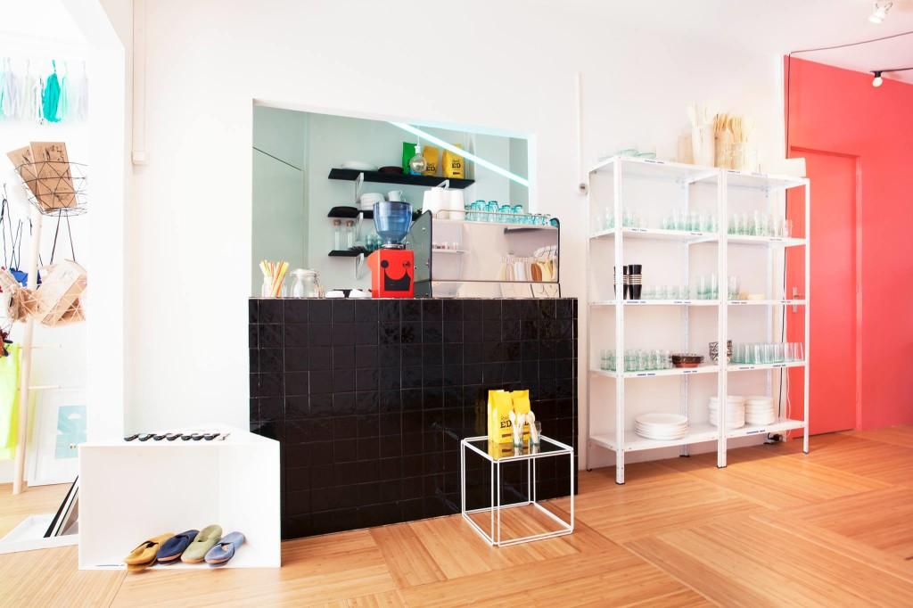 Shop+deli Ninour in de Pijp